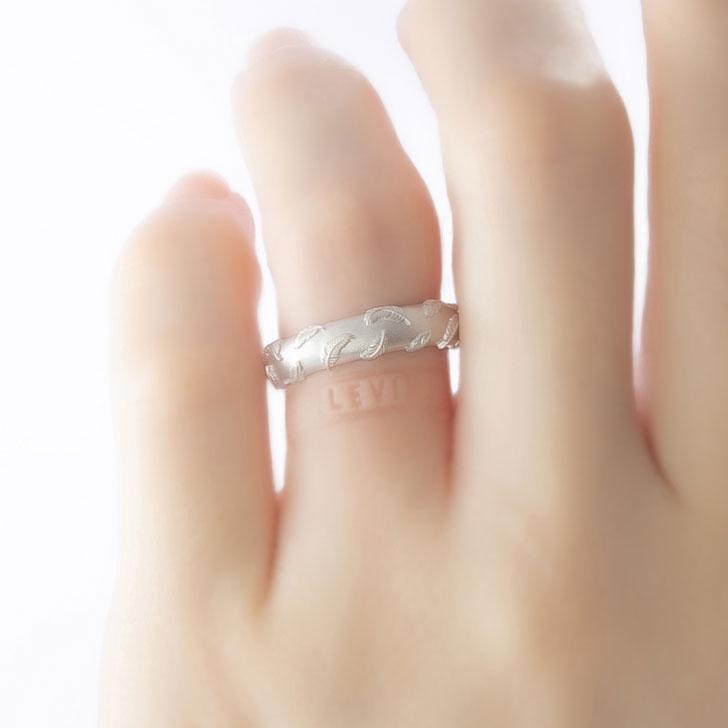進撃の巨人コラボ指輪